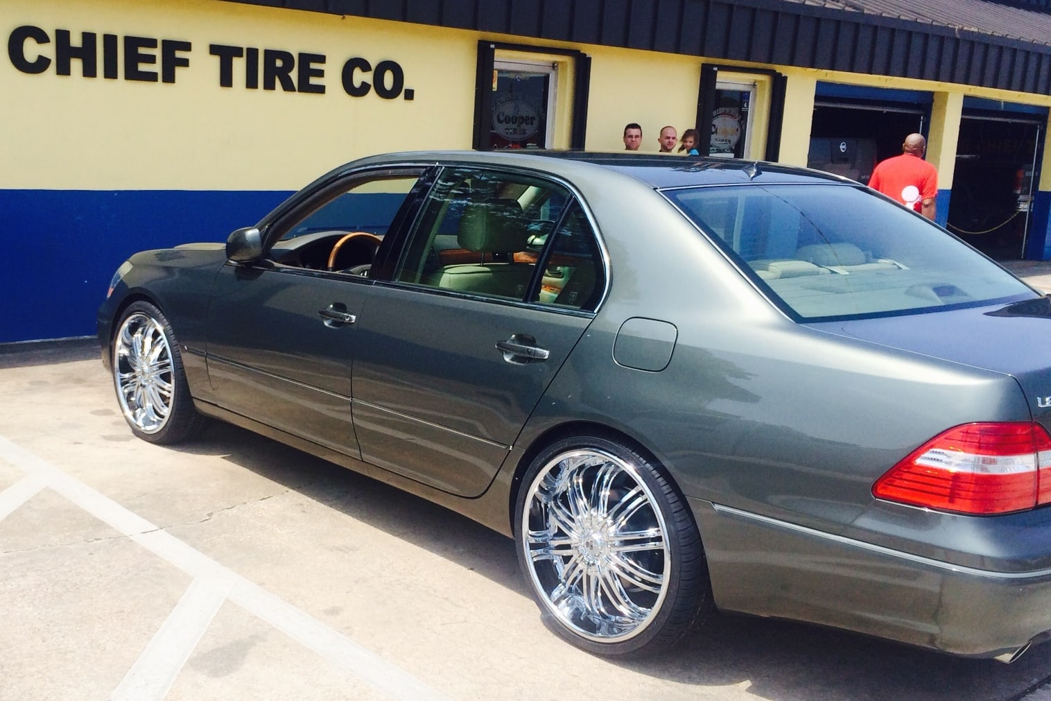 Ls430 1016038 2 Big Chief Tire