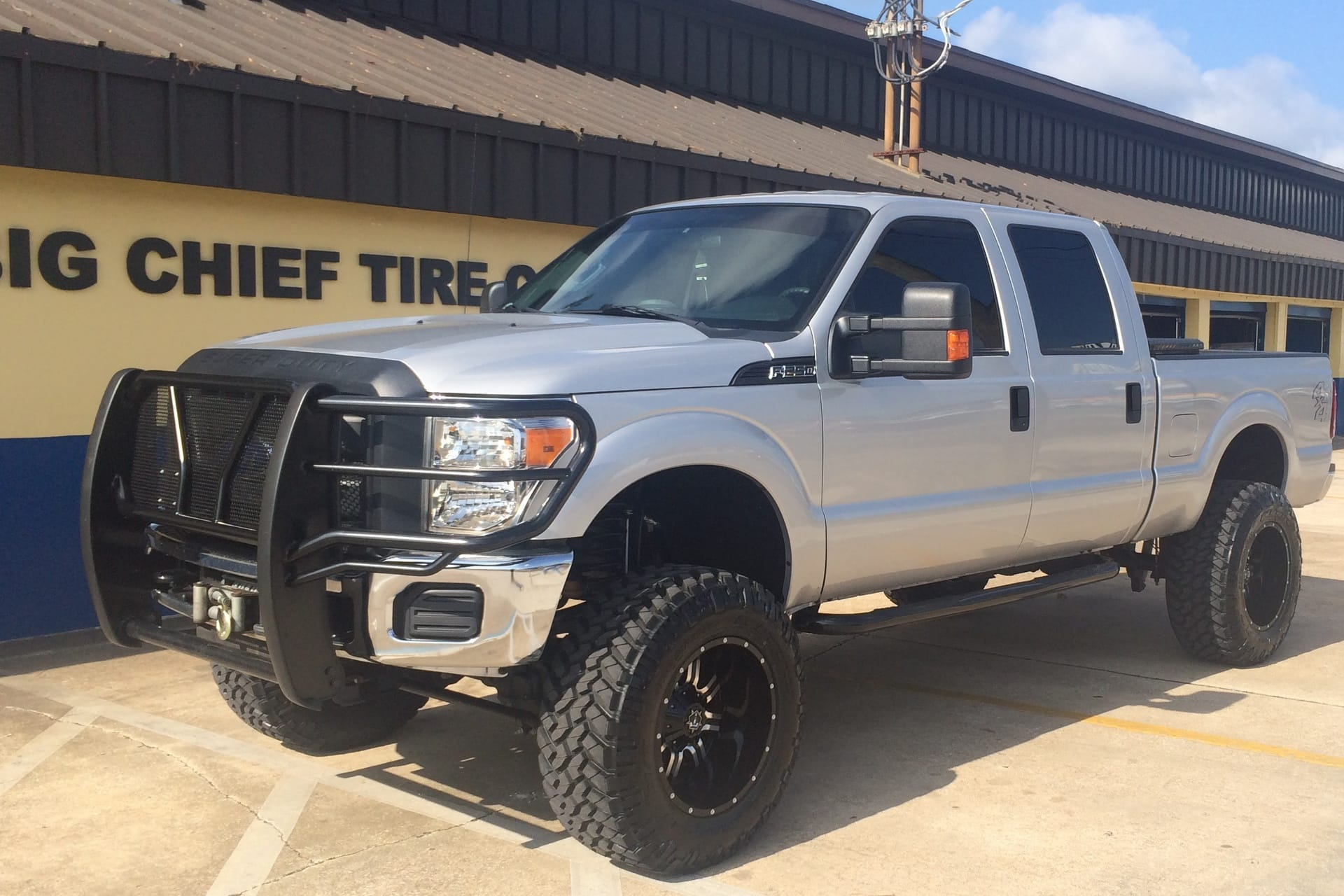 F150 - 1016928   Big Chief Tire